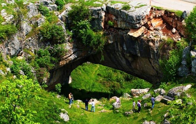 Божественный Мост