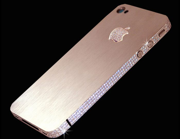 Apple iPhone 4 Diamond Rose Edition