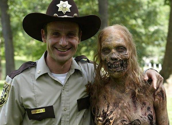 Зомби и шериф