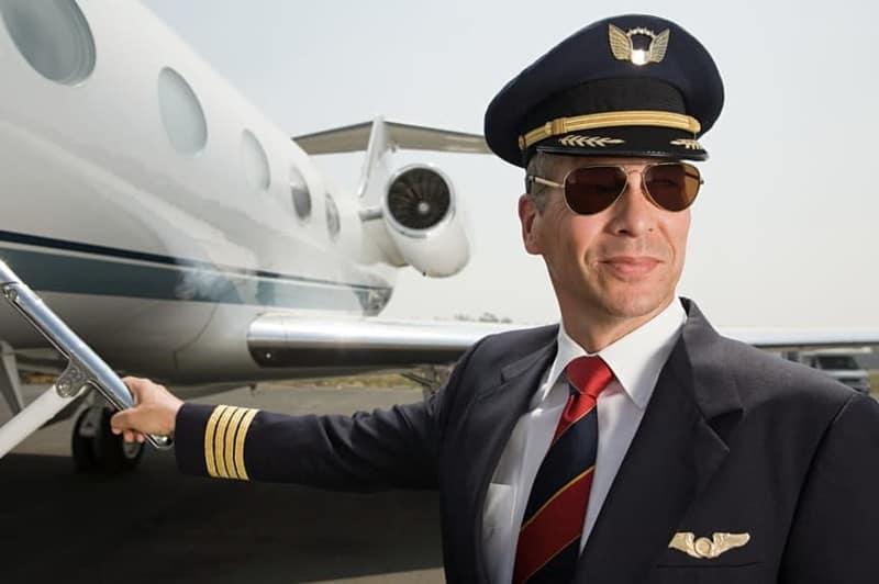 Капитан воздушного судна