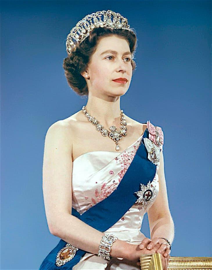 Царственная Елизавета