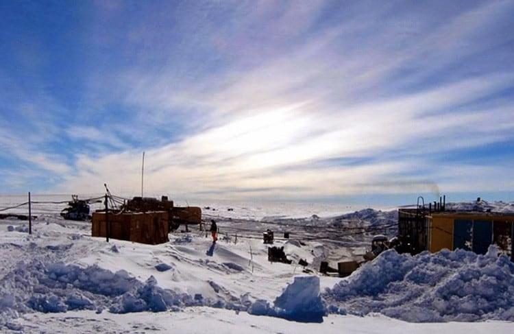 Антарктическая станция Плато