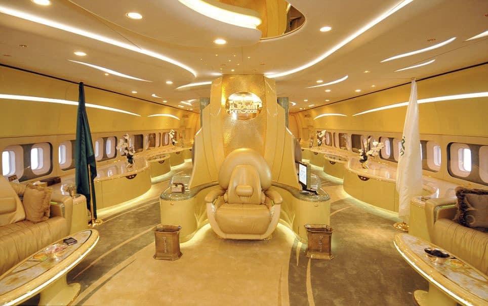 Самолет принца