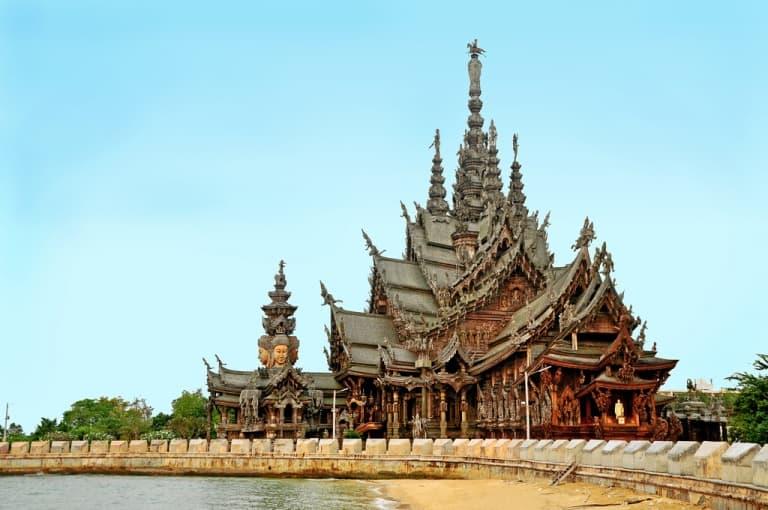 Храм Истины