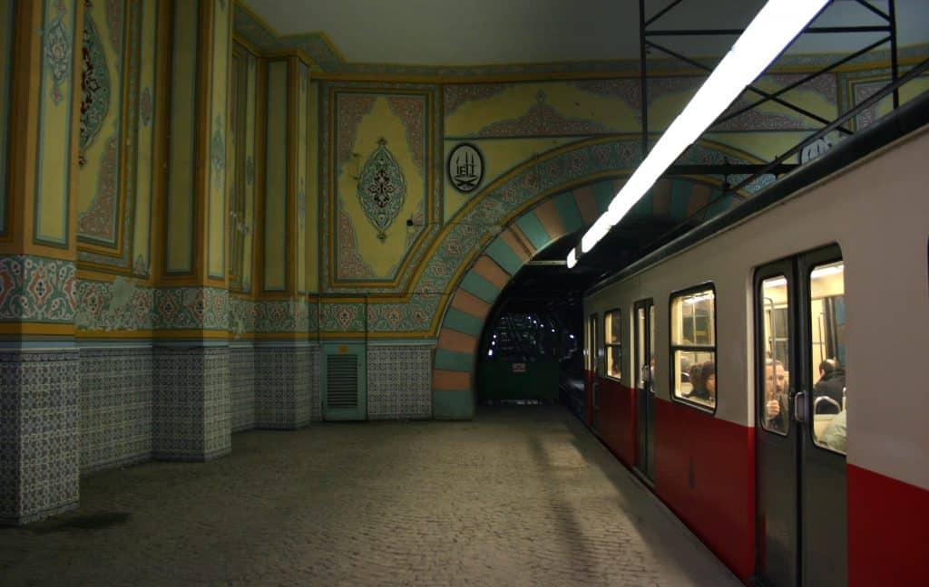 Станция Тюнель в Стамбуле